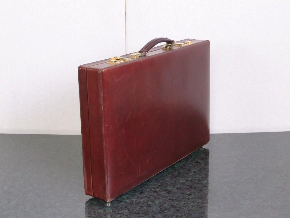 Valódi bőr SALAMANDER diplomata táska . 55a10605a5